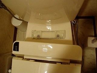 温水洗浄便座を掃除しよう1