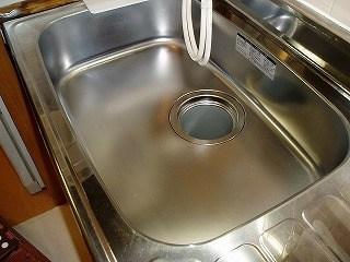キッチンシンクを掃除16