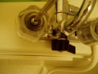 蛇口ハンドルの交換2