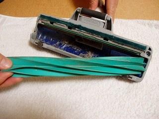 掃除機を掃除する3