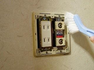 コンセント、スイッチの掃除7